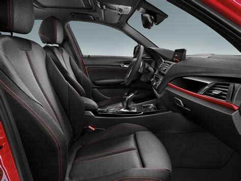 Bmw 1 Series Sport Interior by F20 Bmw 1 Series Facelift Unveiled New And Rear End