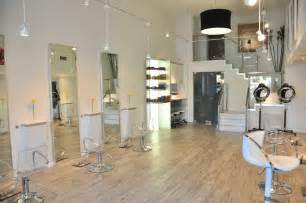 list of salons makeup artists in riyadh in