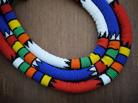 traditional beaded zulu necklace handmade in south africa