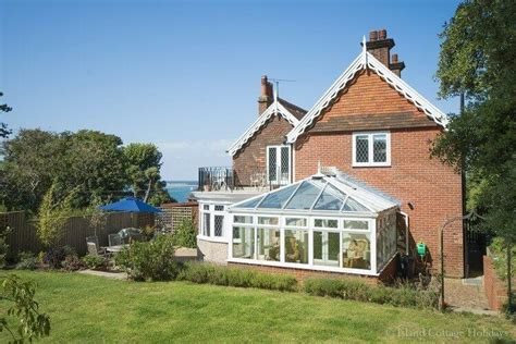 Island Cottages Isle Of Wight by Island Cottage Holidays Self Catering On The Isle Of