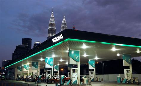 Free Smartphone Giveaway 2014 - petronas free cash phones discount vouchers giveaways