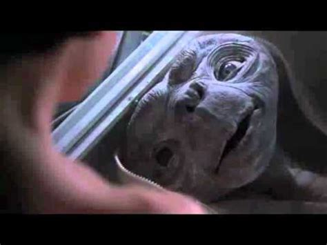 E T Bike Chase Scene by E T The Extra Terrestrial Quot E T Phone Home Quot Scene Youtube
