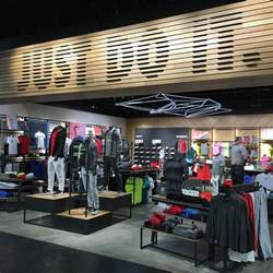 Golf Stores Golf Shop Pictures To Pin On Pinsdaddy