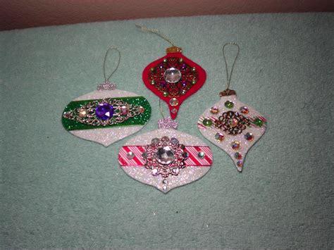 easy ornaments diy gorgeous embellished felt ornaments easy