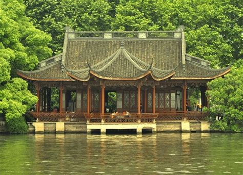 chinese house a chinese lakeside house china architecture and
