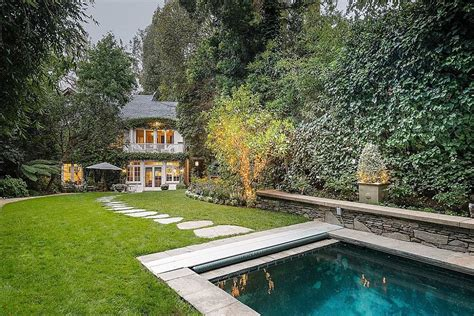 buys beverly home