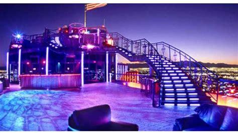 roof top bars las vegas voodoo lounge las vegas rooftop bar in las vegas therooftopguide com
