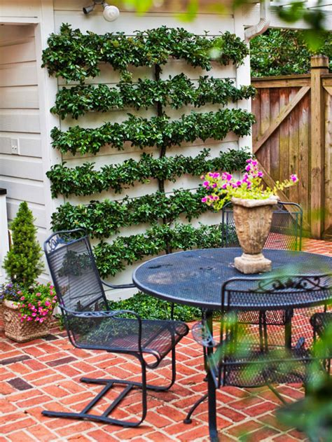 Cheap Ways To Decorate Your Backyard - cheap backyard ideas