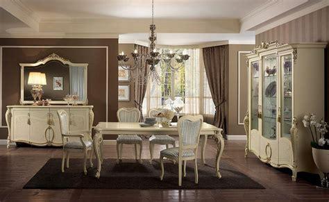 sale da pranzo eleganti vetrina in stile disponibile con 1 2 o 3 porte per sale