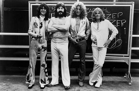 Lepaparazzi News Update Led Zeppelin To Play Comeback Concert by Led Zeppelin Heading Back To The Top 10 Again Billboard