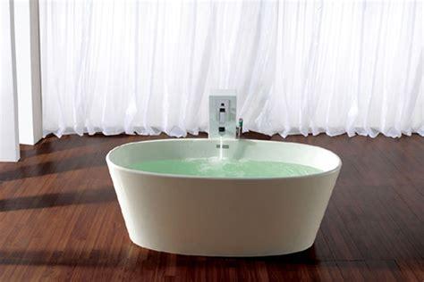 vrijstaand bad met compacte afmetingen vervaardigt uit - Corian Gewicht