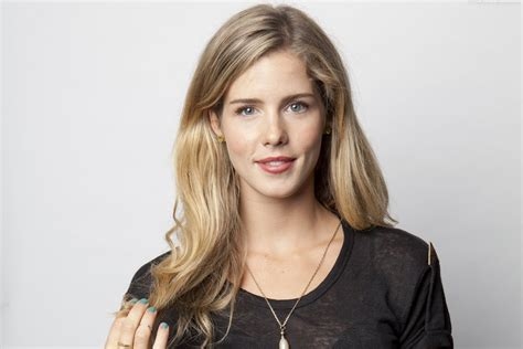 emily bett rickards emily bett rickards wallpapers images photos pictures