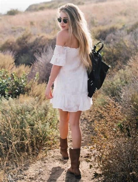5 Ways To Look Beautiful In Boots by 5 Ways To Wear Western Style Boots Designerzcentral