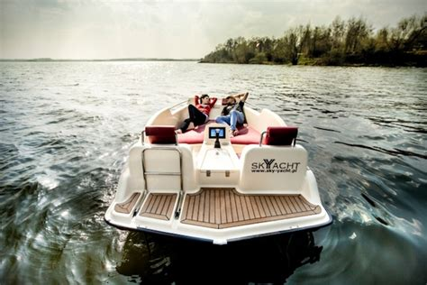 electric boat part time jobs joyboat joystick controlled electric boat hiconsumption