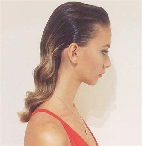 How To Style Hair To Look by 20 Updated Hairstyles That Will Make You Hang Up Your