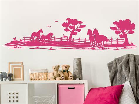 Kinderzimmer Gestalten Pferde by Wandtattoo Pferde Auf Der Weide F 252 Rs Kinderzimmer