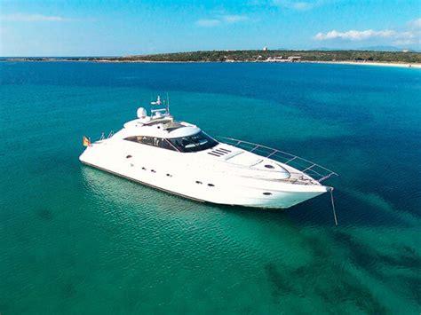 jacht mieten boot yacht mieten ibiza bluemarine yacht charter