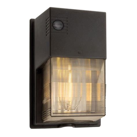 Lithonia Outdoor Lighting Lithonia Lighting 70 Watt Outdoor Bronze High Pressure Sodium Wallpack Owp 70s 120 P Lp Bz M6
