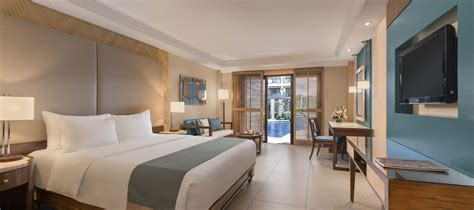 rooms direct henann garden resort boracay premier room with direct pool access