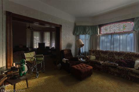 the intact abandoned house freaktography