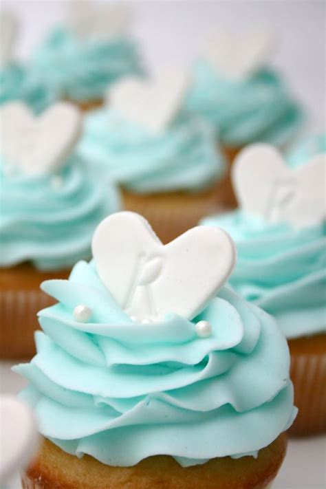 ideas for decorating cupcakes wedding shower cool kitchen stuff pretty cupcake decorating ideas for bridal showers