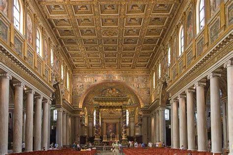 soffitto cassettonato basilica di santa maggiore interno architravato