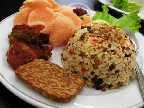 cara membuat nasi uduk ala sunda resep nasi tutug ocom khas tasikmalaya fraseutya