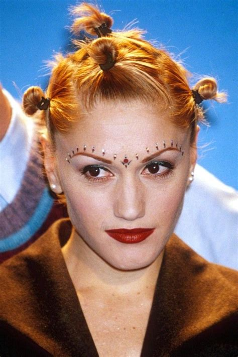 Gwen Stefani Parts Ways With Designer by Gwen Stefani With The 90s Fashion Of Tying Your Hair So