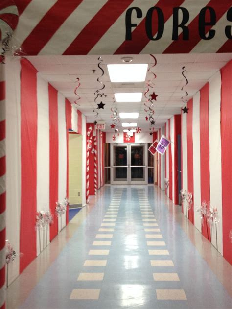 christmas themes for hallways 28 best images about candyland on pinterest snowflakes