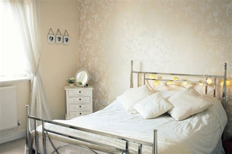 light peach bedroom best ideas about peach bedroom pastel paint with light