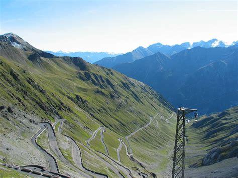 passo stelvio paso stelvio italia carreteras peligrosas