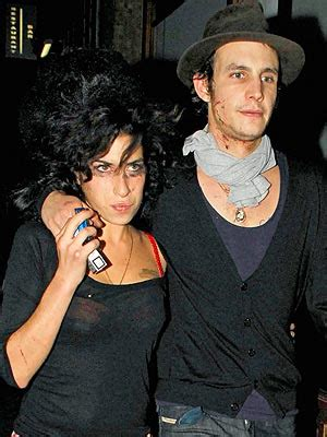Bloodied And Bruised Winehouse Stands By Husband Who Saved by Winehouse S Troubled Road To Rehab