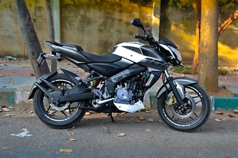 pulsar 200 ns modified the bajaj pulsar ns 200 gets modified to break the top