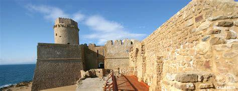 porto le castella le castella turiscalabria