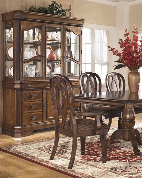 hamlyn dining room set ashley d527 55t hamlyn rectangular dining room pedestal