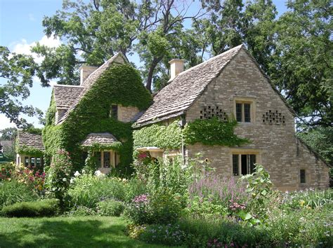 Cotswold Cottages by File Greenfield July 2013 4 Cotswold Cottage Jpg