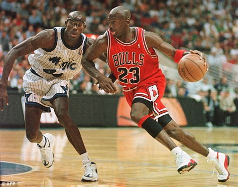 legends the best players and teams in basketball books bryant passes michael into third place on nba