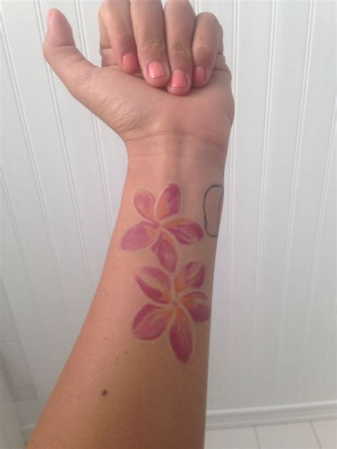 frangipani tattoo designs best 25 plumeria ideas on butterfly