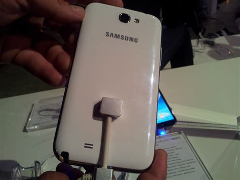 Back Samsung Galaxy Note 2 samsung galaxy note 2 pr 233 sentation et prise en en
