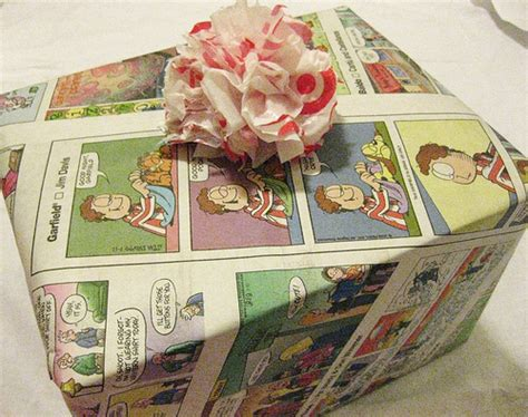 eco friendly and sustainable christmas gift wrapping ideas