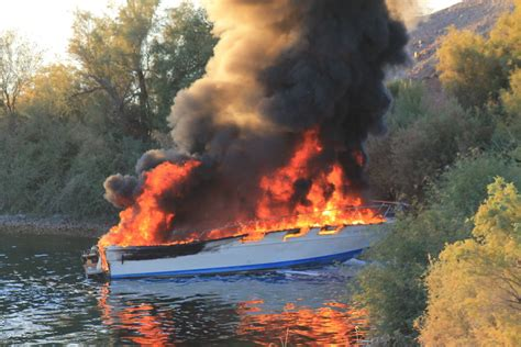 explosion on a boat lake havasu city man injured in boat explosion local