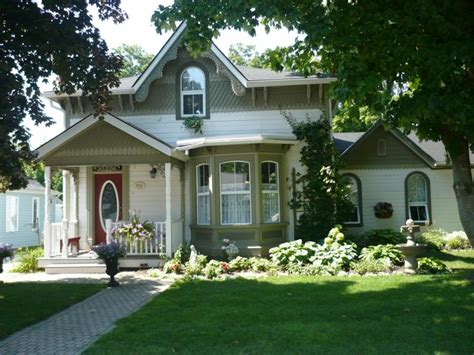 curb appeal for selling your home the importance of curb appeal when selling your home