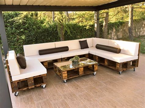Diy Pallet Patio Sofa Set Poolside Furniture 99 Pallets Pallet Furniture Patio