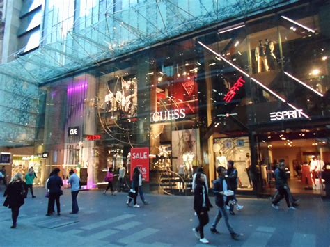 shops in sydney file shops westfield sydney 2013 jpg wikimedia commons