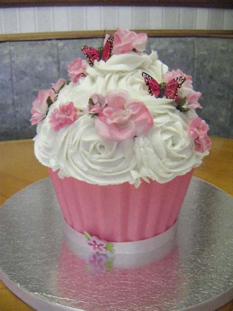 flowers butterflies cupcake cake cakecentralcom