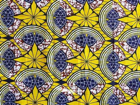 Tissue Motif tissu wax africain motif fleur jaune par 0 50m