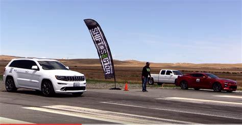 camaro vs jeep drag race jeep srt8 vs 2016 camaro ss dpccars