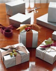 wrapping gifts martha stewart