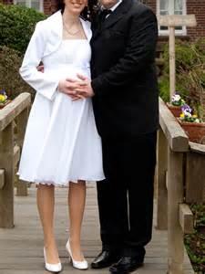 umstandsbrautkleid jenny kurzes brautkleid 252 schwangere braut