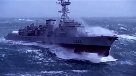 schip in storm military ship in extreme storm doovi